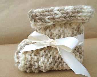 Baby bootie knitting pattern, unisex boy or girl, baby knitting pattern, newborn - 1 yr, easy beginner, flat knit pattern, #857