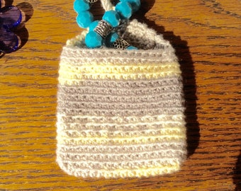 Crochet coin purse or jewelry boxes or portacuffiette