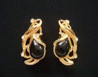 Beautiful Vintage Jose Maria Barrera For Avon Yellow Gold Tone w/ Pear Shaped Black Onyx Glass Cabochons Sprinkling Crystal Accents Earrings