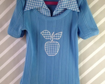 vintage polyester juniors top with butterfly collar and apple appliqué size 10-12-14 girls / xs womens