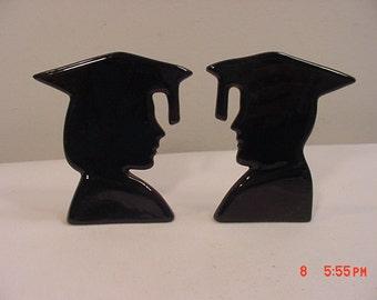 2 Vintage Graduation Silhouettes Boy & Girl   17 - 278