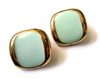 Vintage pale green clip on earrings, pale green enamel clip on earring, blue green vintage earrings, blue green clip ons