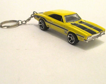 Dodge Charger 500 keychain, B body Die Cast keychain, 1969 Muscle Car, Sleuthanger, Mooneyes, Mens or Womens keychain, Mens or Womens gift