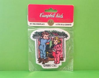 """Campbell Kids Christmas Patch """"By the Fireplace"""" (1995)"""