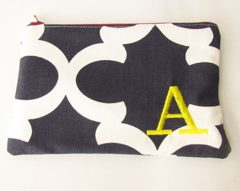 Monogram Make up Bag - A pouch - Ready to Ship - Bridesmaid Makeup bag - Cosmetic bag - Make up Clutch - Monogrammed Gift - Medium