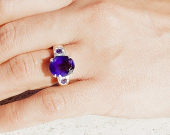 Sterling Silver. Iolite. Gorgeous Sterling Silver with Genuine Iolite Ring. Size 7