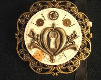 Steampunk pin Keyhole Time