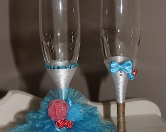 Birde and Groom (Mr. & Mrs. handcrafted wedding Champange Flutes