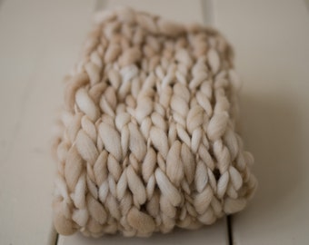Hand Knit Merino Wool Bump Blanket and Tie back, Thick and Thin Bump Blanket - Newborn photo prop, 100% wool - Tan - RTS