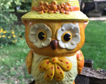 Vintage 70s Kitschy Owl Piggy Bank / 70s Owl Coin Bank Collectible Owl Figurine