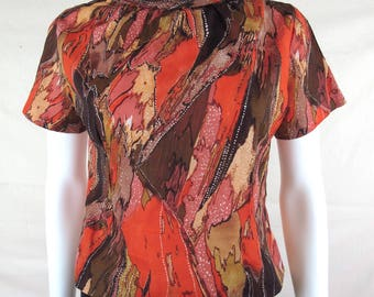 Vintage 60s/70s Abstract Mod Painterly Blouse with Back Buttons