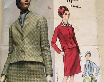 60s Vogue Dress Pattern Vogue Couturier Design 1674 Michael of London . Size 12 32 Bust