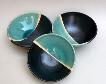 Ceramic Fruit Bowl ,Turquoise And Black Bowl  , Bowl For Display , Footed Bowl, Contemporary Decor