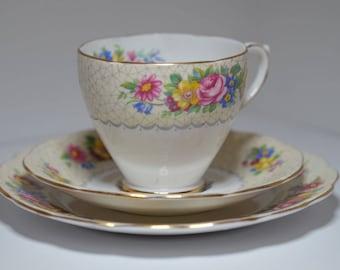 Vintage English Tea Cup Trio, Royal Standard Bone China Tea Set Brussels Lace Pattern Tea Cup Saucer Plate,  Tea Cup Trio, Wedgwood Group