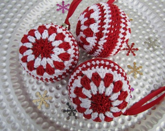 Crochet baubles, tree baubles, christmas baubles, christmas ornaments,, tree decorations, christmas decoration
