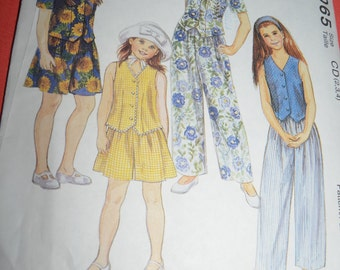 McCalls 7065  Girls Lined Vest Top Pants and Shorts Sewing Pattern - UNCUT - Sizes 2 3 4