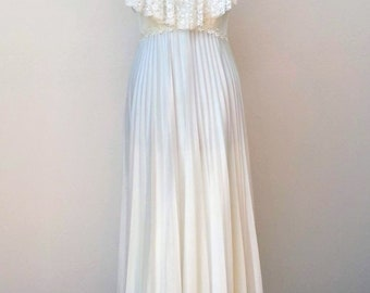 Vintage 70's white lace boho chic bridal dress wedding gown  AS IS