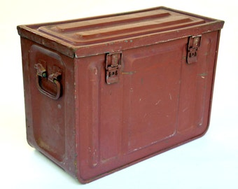 Maroon Red Steel Military Ammo Trunk With 4 Latches: Vintage Rustic  Industrial Grenade / Ordnance