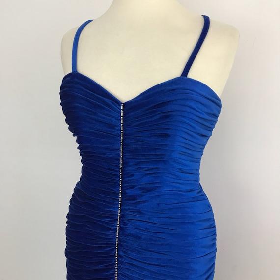 Vintage dress royal blue velvet 1950s style bombshell cocktail dress prom evening long fishtail ruched velour gown UK 12 14 hourglass drag