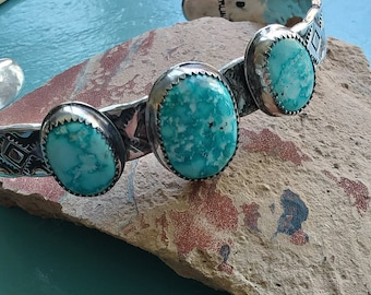 Natural turquoise bracelet, medium