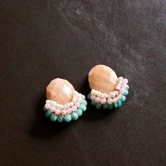Cluster stud earrings -peach rhodonite