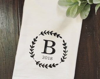 Tea towel / monogrammed tea towel / flour sack towels / kitchen towels / Farmhouse kitchen towel