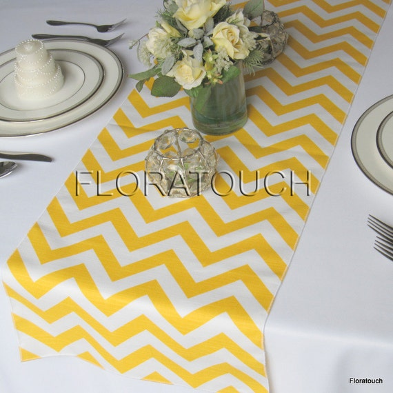 chemin de table mariage zigzag chevron jaune table runner. Black Bedroom Furniture Sets. Home Design Ideas