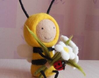 Felt bee Needle felted animals Felted bee figurine Felt insects Fairy figurine Honeybee toy Felt ladybug Sunny Felt flowers chamomile Gift