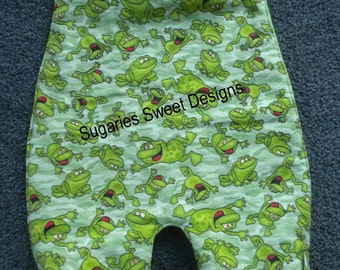 Froggy Camo All Over Bib in Size 24 months