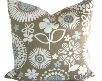 Brown pillow cover, 18x18, Decorative pillow, Throw pillow, Couch cushion, Floral pillow, Brown accent pillow, Brown cushion cover