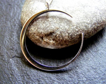 Silver Large Crescent Moon Shiny  Pendant Polished moon necklace with chain