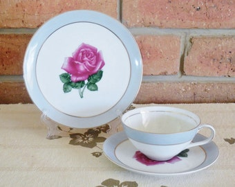 Japanese fine china porcelain teacup and saucer duo vintage 1940s by Yada China