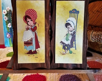 Vintage Big Eyed Girls with Bonnets Print on Wooden Wall Plaques Knitting and Bird Cage Cute Farmhouse Decor