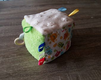 Colorful baby sensory educational cube