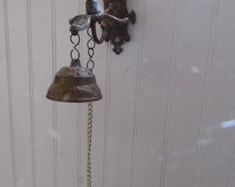 Vintage Cast Brass Wall Bell Wall Hanging Unique Doorbell Entryway Front Door Kitchen Supper Bell