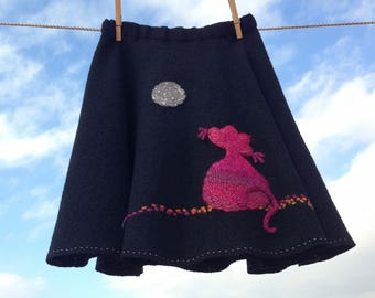 Embroidered black skirt for girls,  gifts for girls, washed wool skirt, black skirt embroidered, made in Spain, daughter gift, girl gift