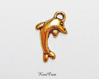18 x gold tone Dolphin charms