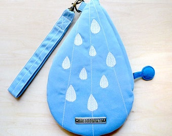 Raindrops Purse, Rain Drops Wrist Pouch, Tear Drops Wristlet, Water Droplets Wrist Pouch, Blue Wristlet, Zip Purse, SkyBlue And White Color