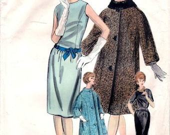 Vintage Vogue Couturier Pattern 1032 - - STUNNING Dress, Jacket and Scarf - Bust 32