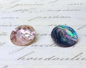 2 Medium Antique shell Buttons 18 mm