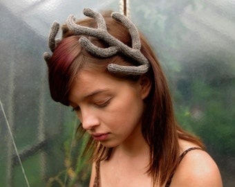 Antlers Headpiece in Taupe