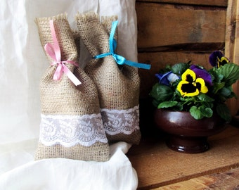 Burlap Linen Favor Bag Set of 50, Burlap Wedding Sachet, Small Gift Bag, Handmade with White Lace and Band, Jute Bag, Rustic Decor