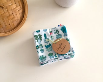 Set of 10 wipes washable Oeko Tex certified bamboo printed cotton cactus.