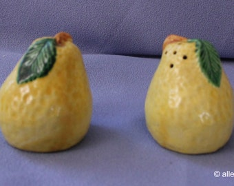 Vintage Salt & Pepper Shakers, Pears