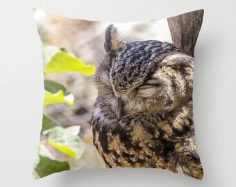Owl Throw Pillow Photo Pillow cover Cushion covers Pillow case Accent pillow Couch pillow Decorative pillows Bird Photo 16x16 18x18 20x20