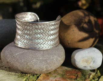 Thai Hill Tribe Silver bracelet / Cuff, Large Bracelet, Silver bracelet, Boho Silver, Karen Hill Tribe,