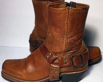 Frye 77345 Cavalry Short Inside Zip Brown Leather Motorcycle Boots Women's Size 6.5