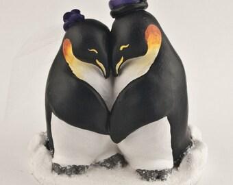 Penguin Wedding Cake Topper - Realistic Penguins Cuddling