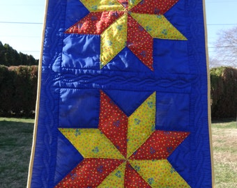 Vintage wall hanging quilt dated primitive Pennsylvania star linens textiles  Berks county
