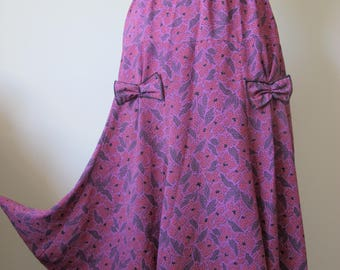 Vintage Flared 1970s Bow Paisley Skirt